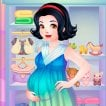 Snow White Pregnancy Game Online kiz10
